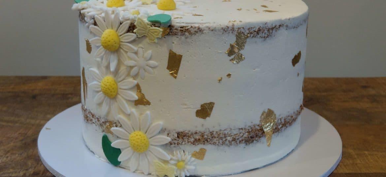 Floral cake by Sugar Swirls & Sprinkles